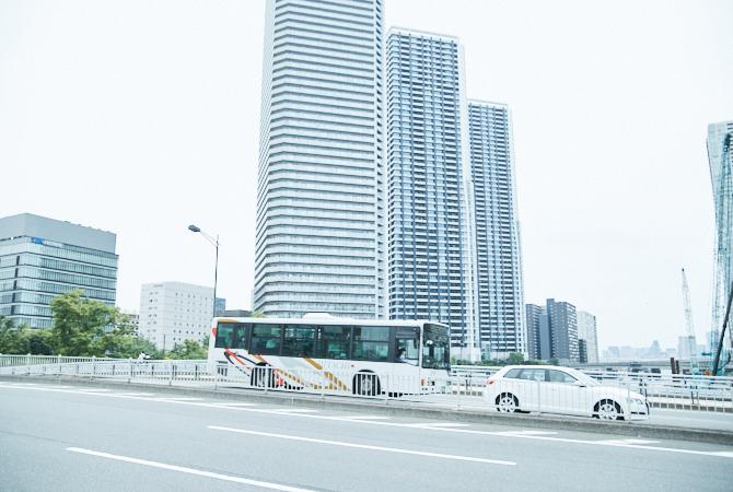 晴海トリトンスクエア付近の晴海通りの写真