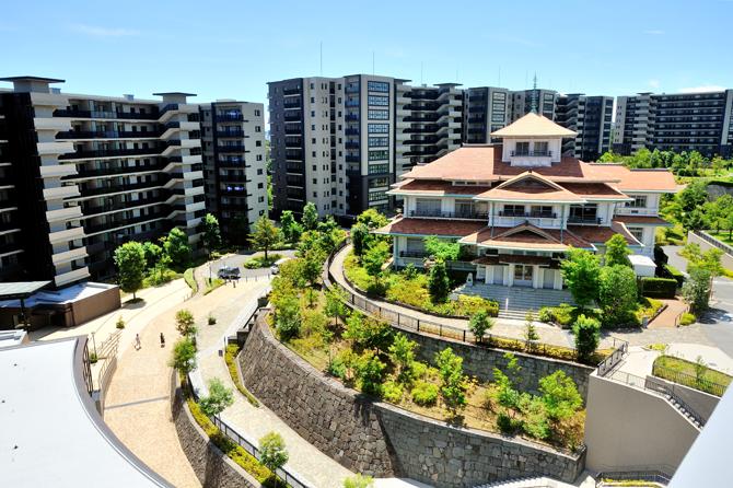 ブリリアシティ横浜磯子と貴賓館