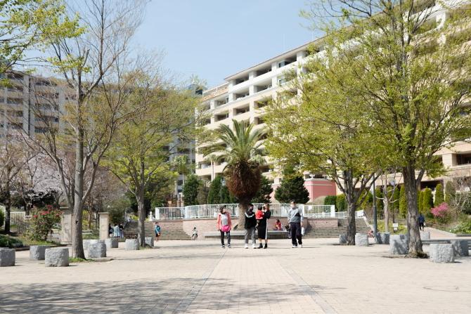 レイディアントシティ横濱 ル・グランブルー内の「レイディアントパーク」