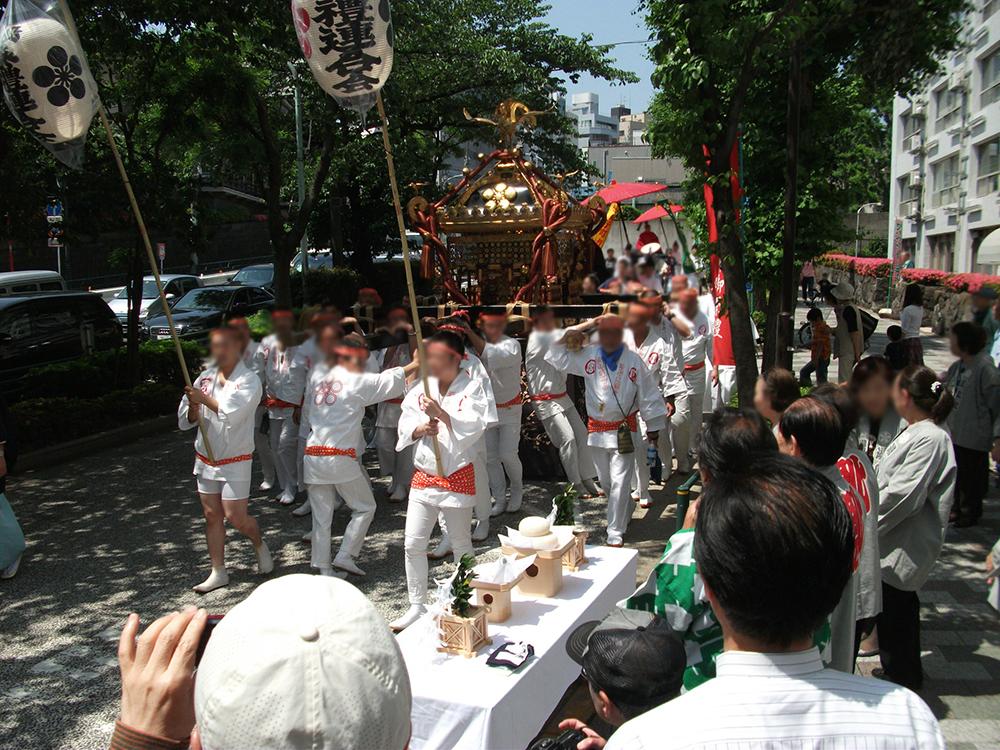 湯島例大祭の様子