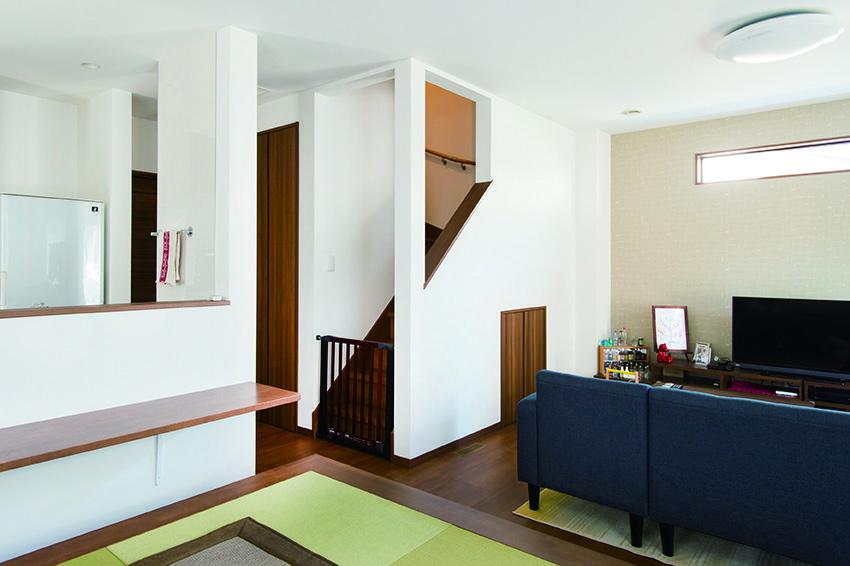 リビングイン階段のある家