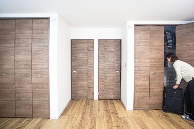 開口を2カ所に設置し将来子供部屋をつくれる寝室/注文住宅実例