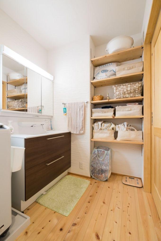 広々と身支度のしやすい洗面室/注文住宅実例