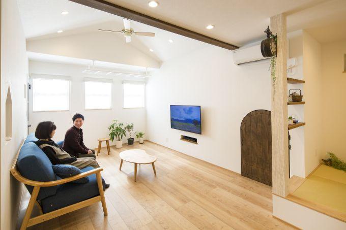 LDKの空間を広々とさせる勾配天井/注文住宅実例