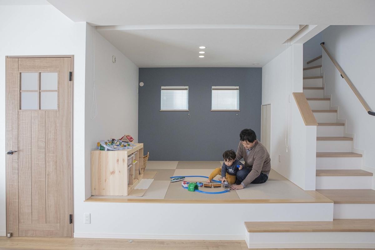 小上がりの畳コーナー/注文住宅実例