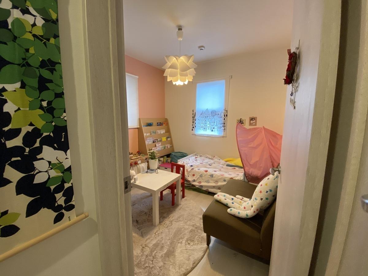 ピンク色が基調の子ども部屋/注文住宅実例
