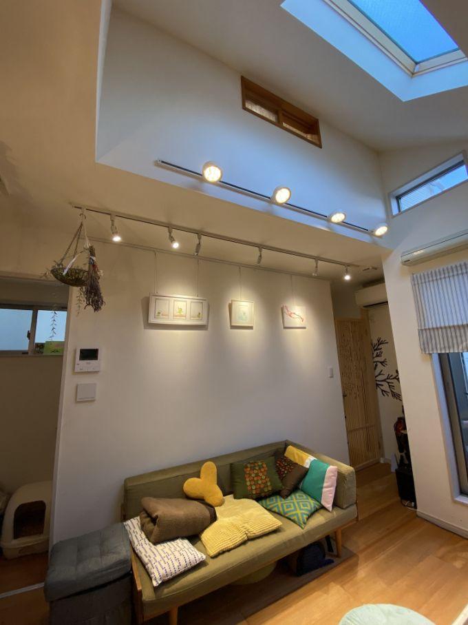 ライトアップされたリビング/注文住宅実例