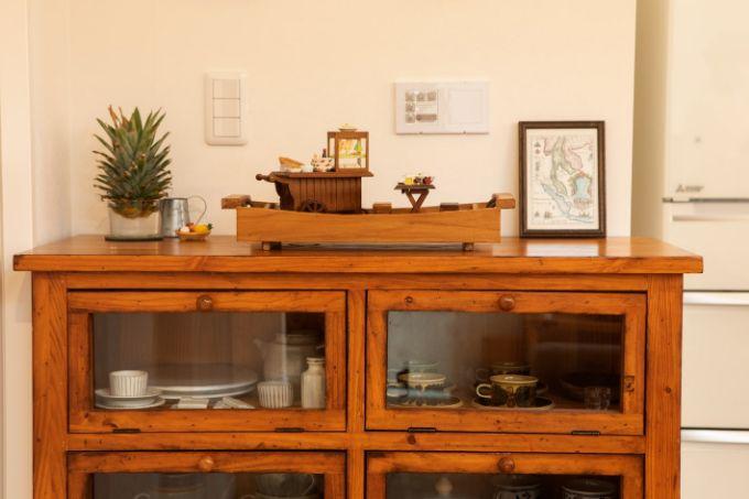 タイの小物を飾っている家具/注文住宅実例