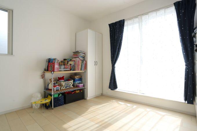 インテリアの色味を統一した子供部屋/注文住宅実例