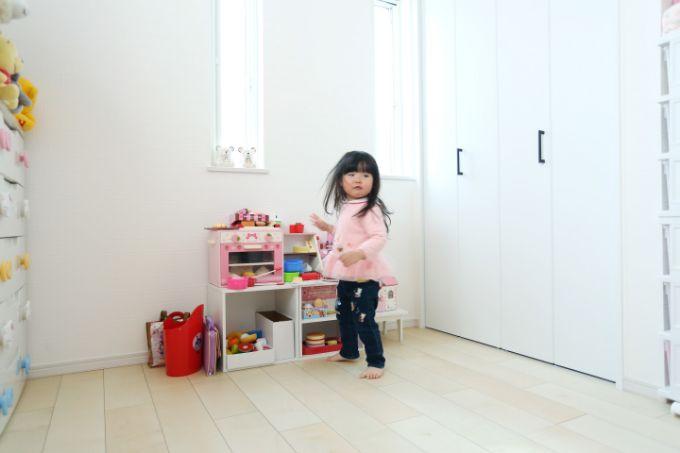 ピンクのインテリアでまとめた子供部屋/注文住宅実例