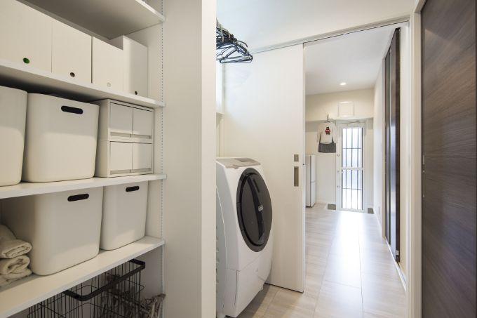 洗濯の家事動線を意識した洗面スペース/注文住宅実例