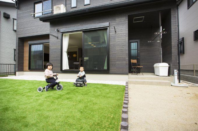 DIYで作った庭/注文住宅実例