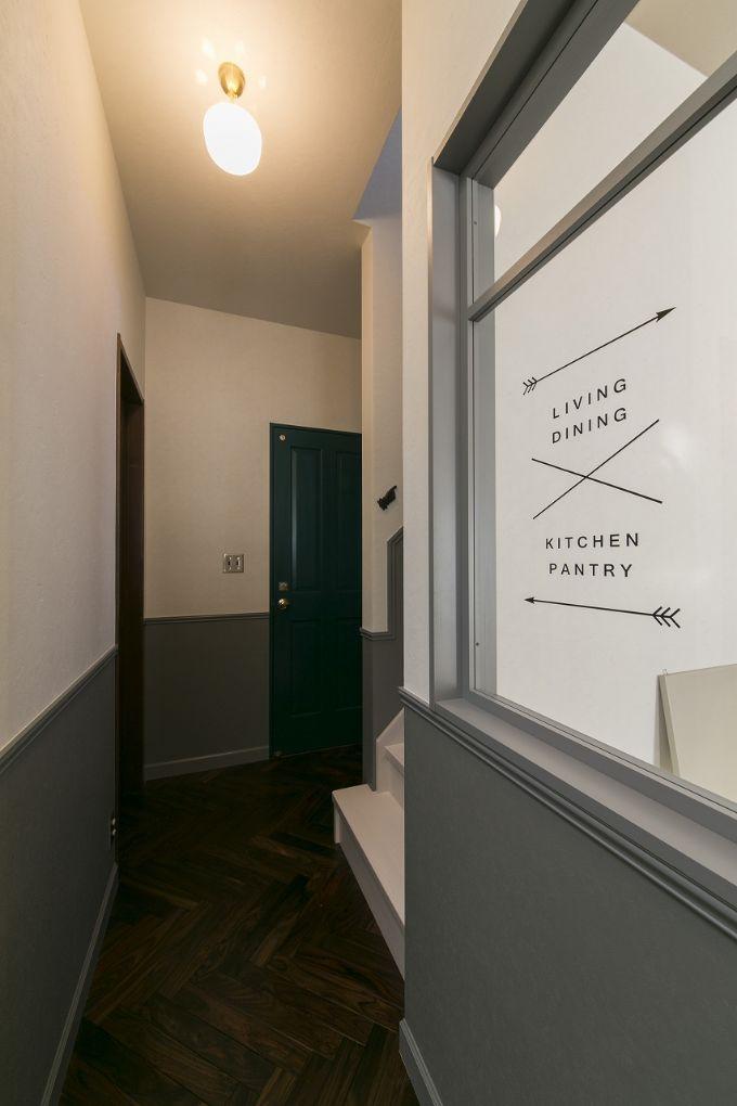 室内窓のデザイン性をアップさせた注文住宅実例