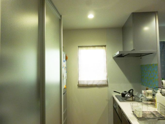 LDから内部が見えないよう工夫したキッチン/注文住宅実例