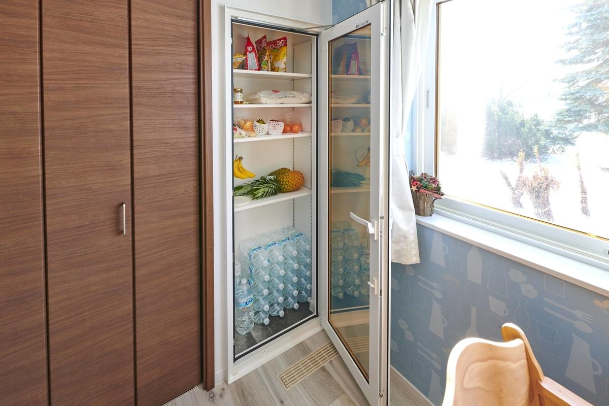 保冷機能のある食品庫