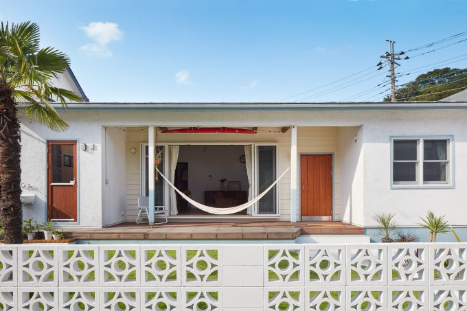 アウトドアリビングを設けた平屋の注文住宅実例