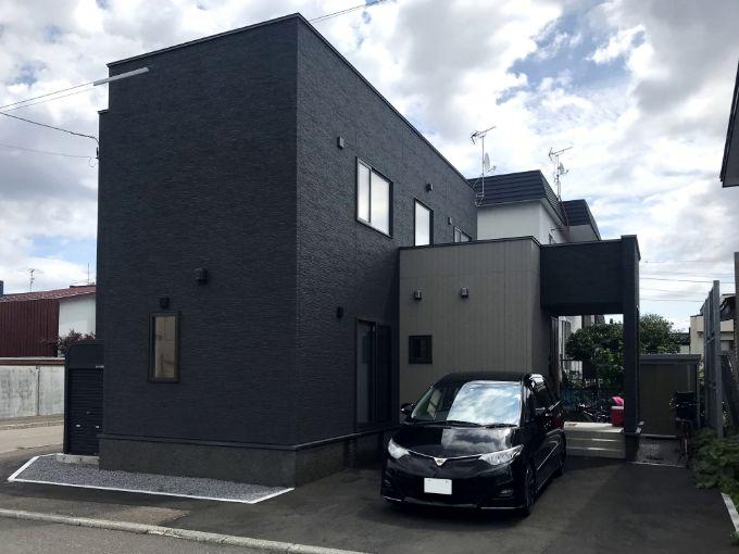 黒い外壁の家/注文住宅実例