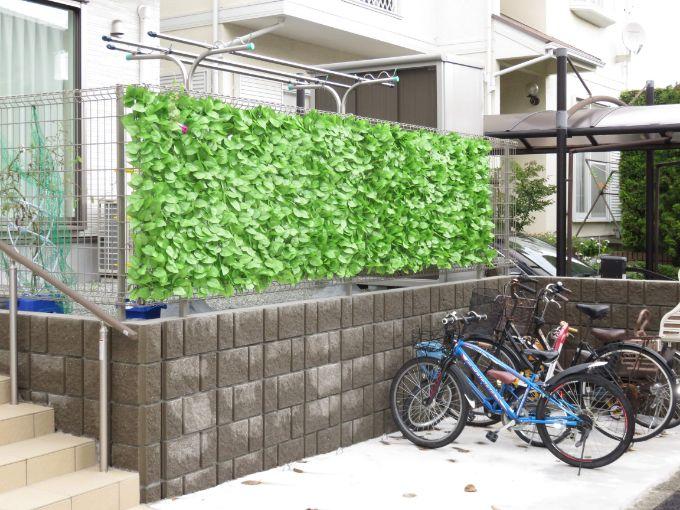 外からの視線を造花で目隠しした外構/注文住宅実例