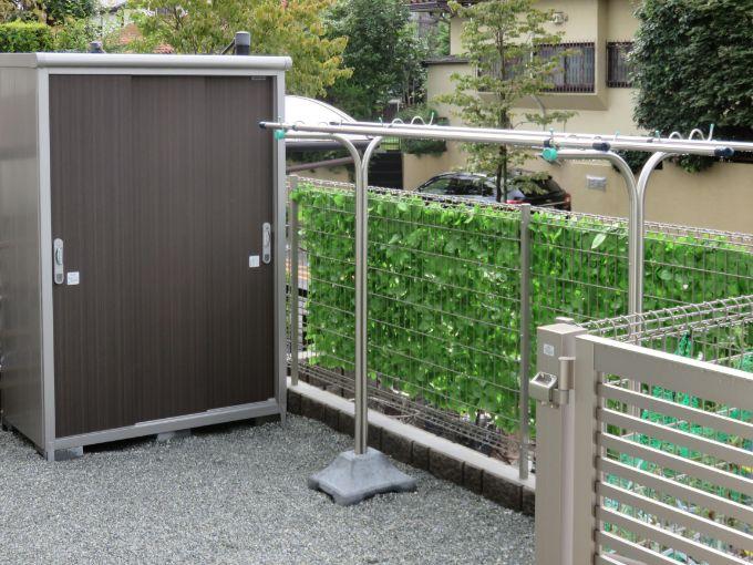 プライバシーを確保できる屋外の物干しスペース/注文住宅実例