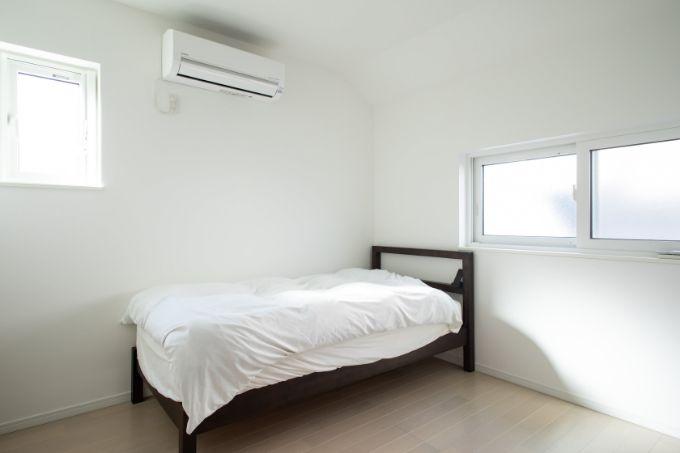 夫が使用する寝室/注文住宅実例