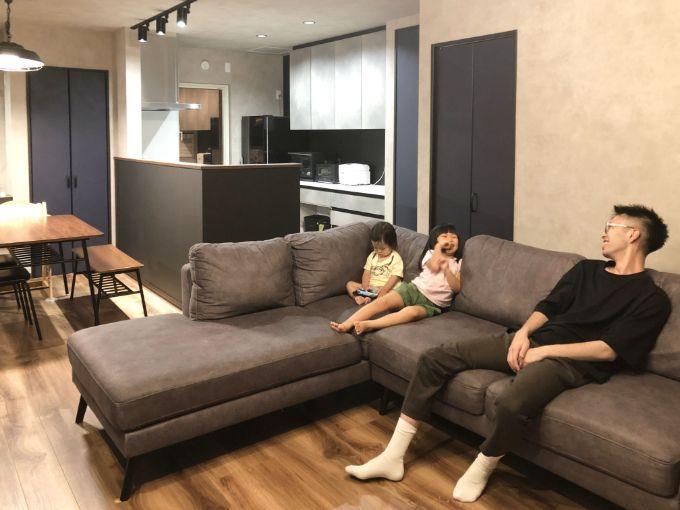 大きなソファも置ける広いリビング/注文住宅実例
