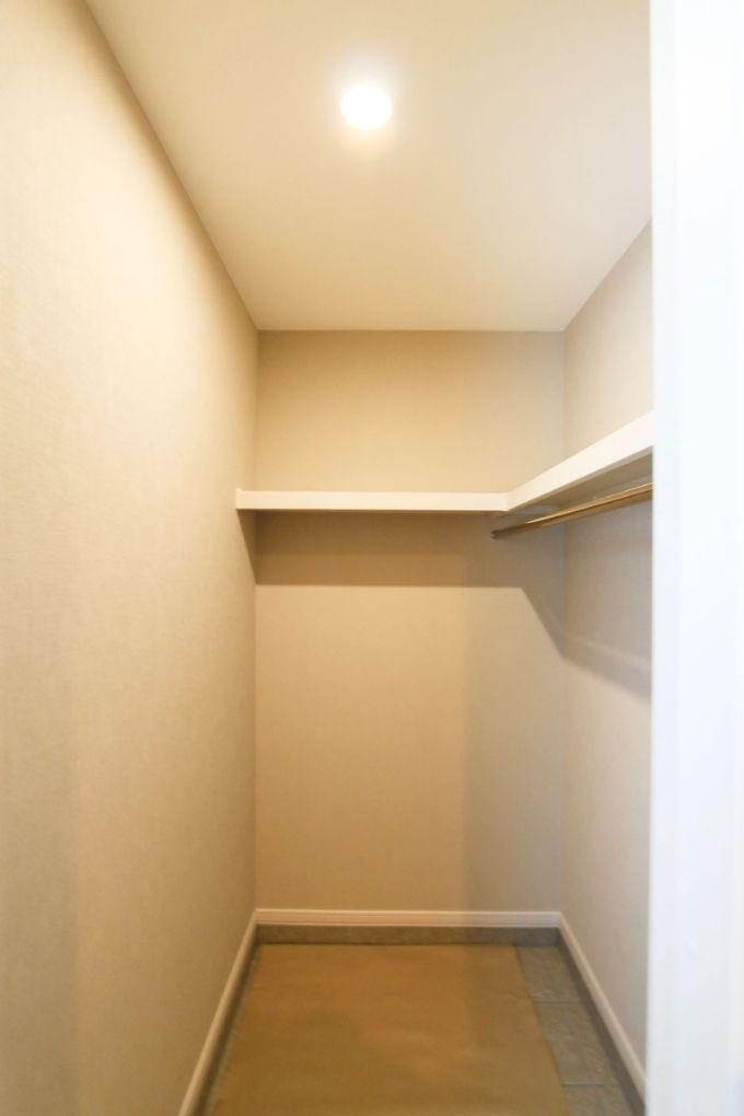 広いスペースを確保したシューズクローク/注文住宅実例