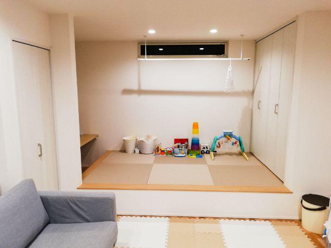 室内干しスペース兼キッズコーナーの和室/注文住宅実例