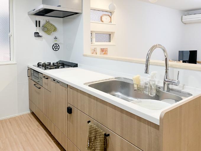 ホーローのパネルを使用したキッチン/注文住宅実例
