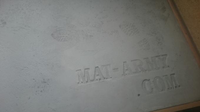 モルタルで仕上げた土間