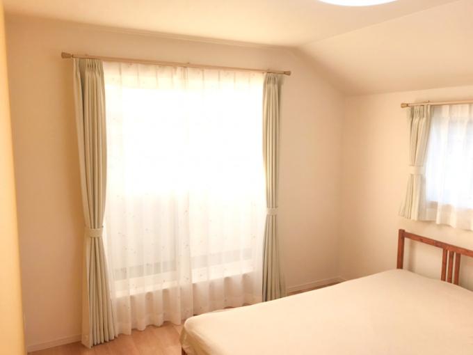 家具を置かずすっきりさせた主寝室/注文住宅実例