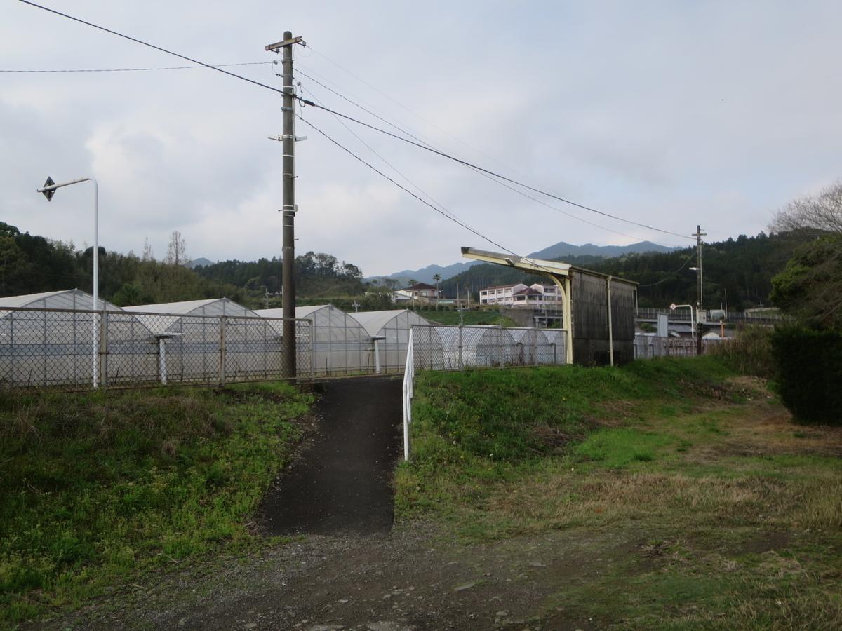 f:id:Sakasegawa3019:20200415111216j:plain