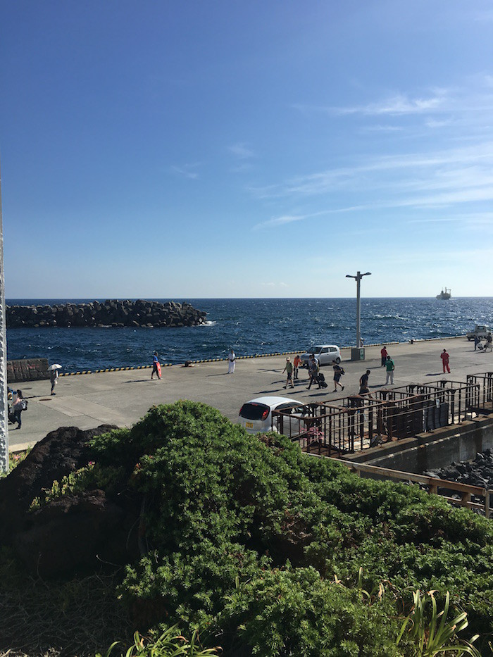 伊豆大島の元町港