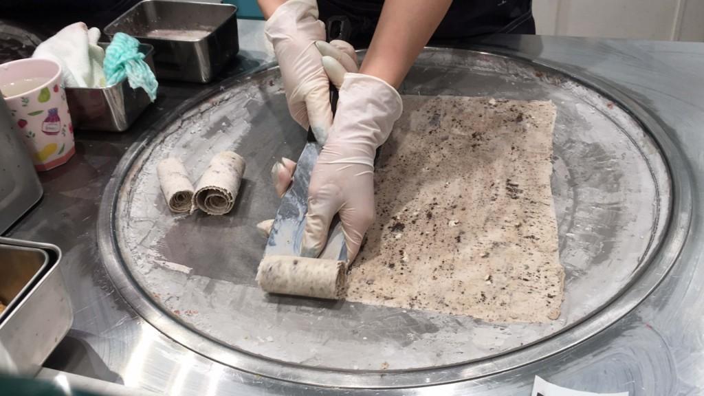 ロールアイスクリームファクトリー日本で注文2