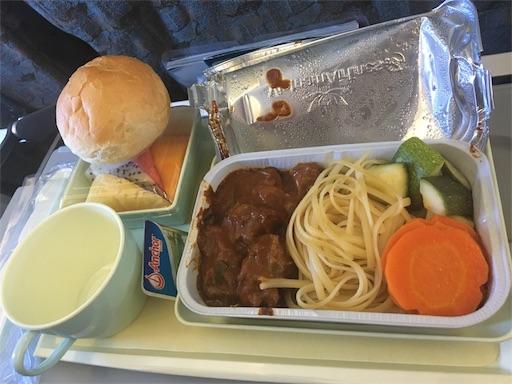 機内食 お肉料理の写真