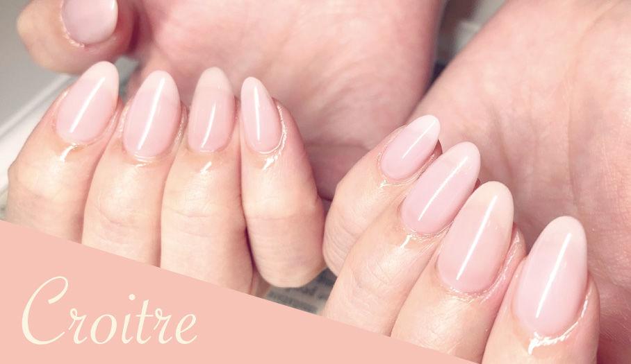 ピンクのクリアネイル