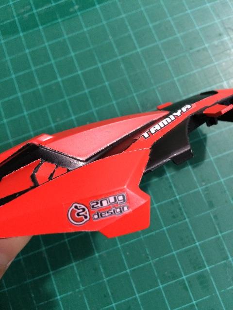 超速ガイド2014についていたステッカーをボディに貼る