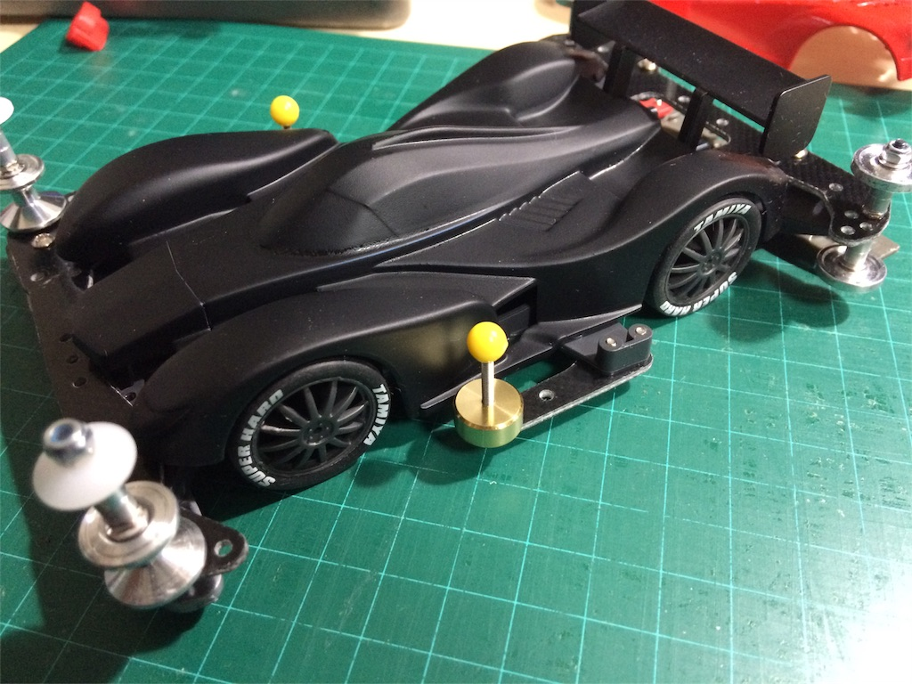 実車レーシングマシンっぽい雰囲気だ