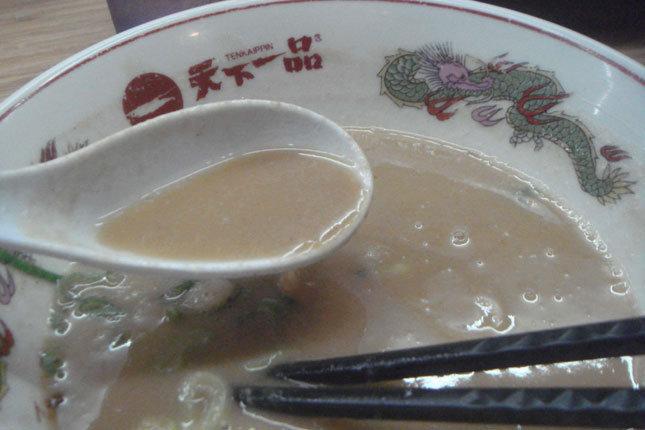 天下一品 濃厚な豚骨スープ