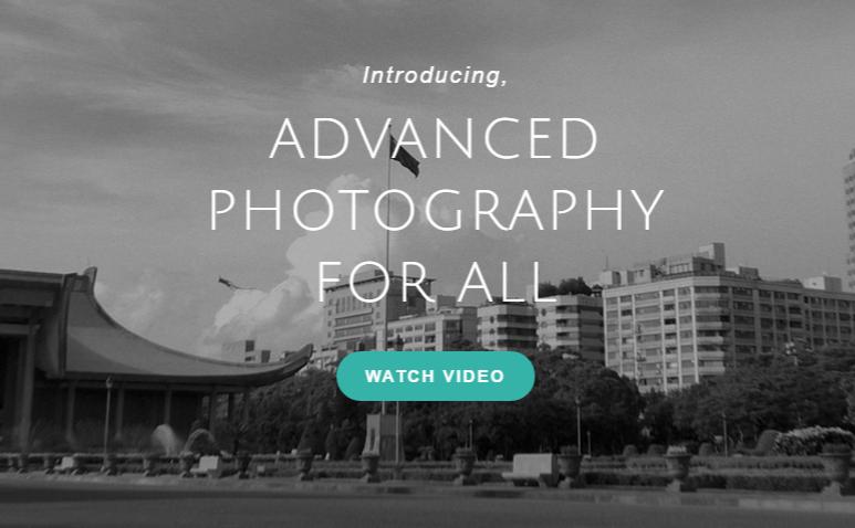 本格的なカメラアプリ