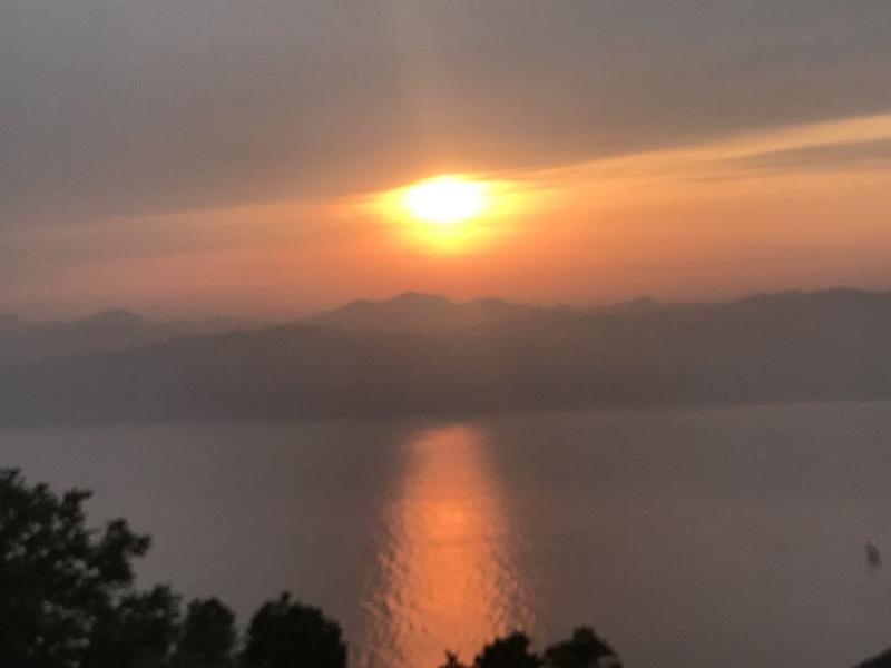 函館山の夕日