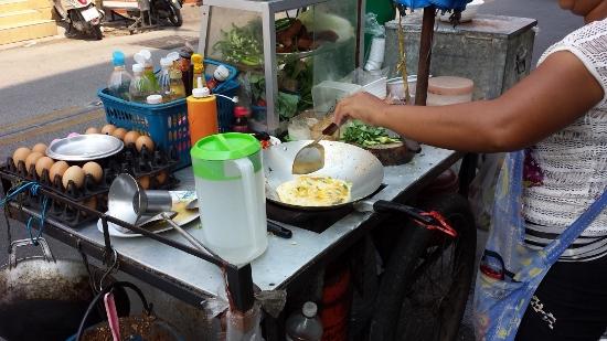 タイの激安屋台メシ画像