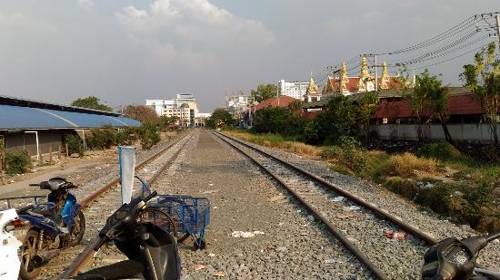 アランヤプラテートの線路画像
