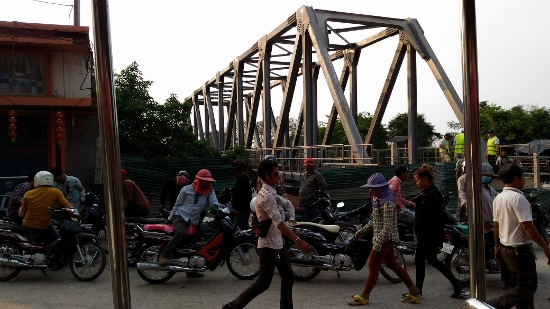 ポイペトの鉄橋画像