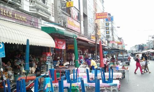 ハジャイのローカルマーケット画像