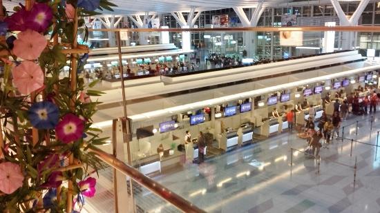 タイ旅行羽田空港画像