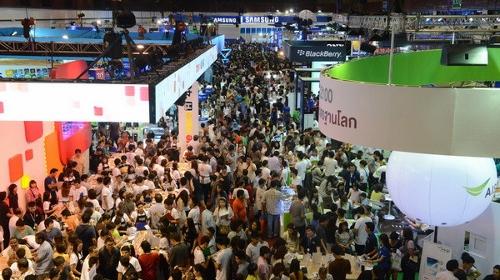 タイのモバイルエキスポ2016画像