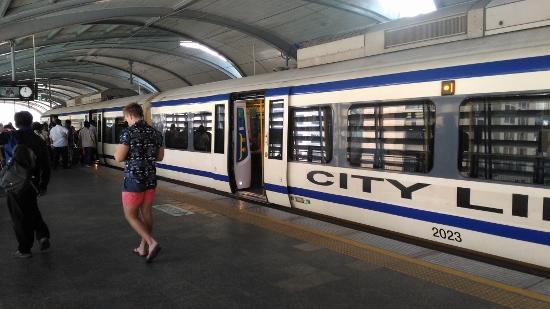 シティーライン「パヤタイ駅」画像