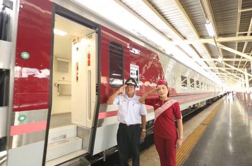 タイ国鉄の寝台車画像