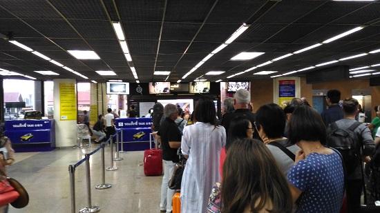 ドンムアン空港のタクシー乗り場画像