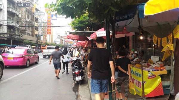 バンコク中華街ヤワラーのゴールド画像
